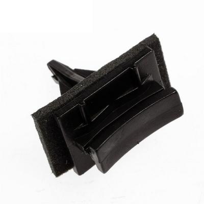 клипса крепления кожуха длинная (лобовое) внутренние элементы  для Форд Транзит