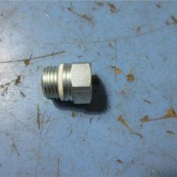 штуцер гур (18 мм) рулевой механизм  для Форд Транзит